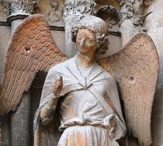 Улыбающейся ангел
