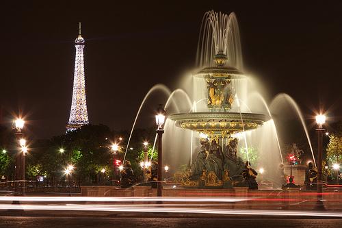 фонтан на площади Согласия в Париже