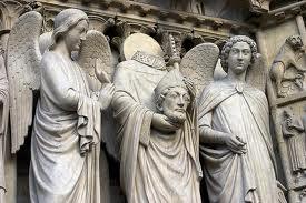 скульптуры на соборе Сен-Дени