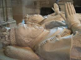 надгробия королей в Сен-Дени