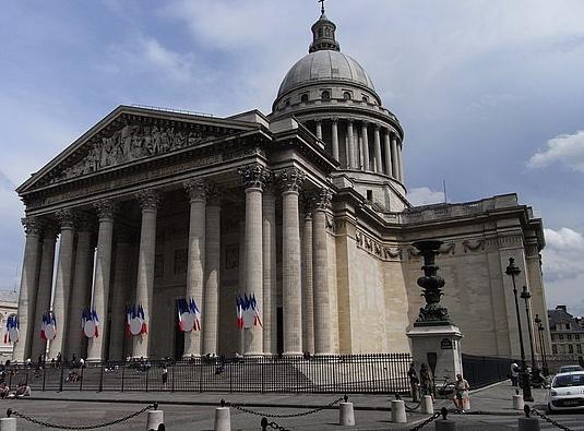 здание Пантеона в Париже
