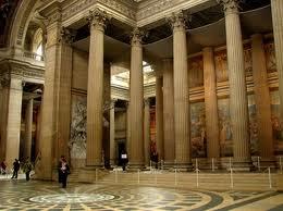 Внутренний вид Пантеона в Париже