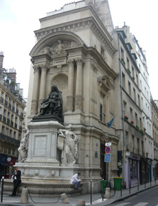 Памятник Мольеру