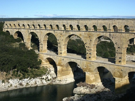 мост Пон-дю-Гар