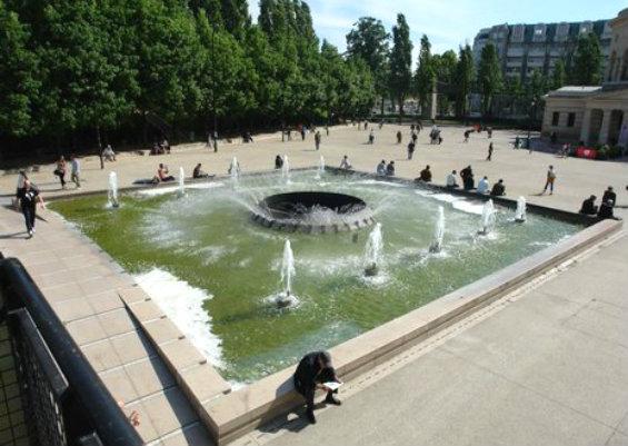 Площадь Сталинград в Париже