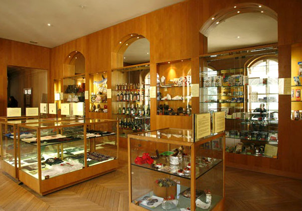музей контрафакции